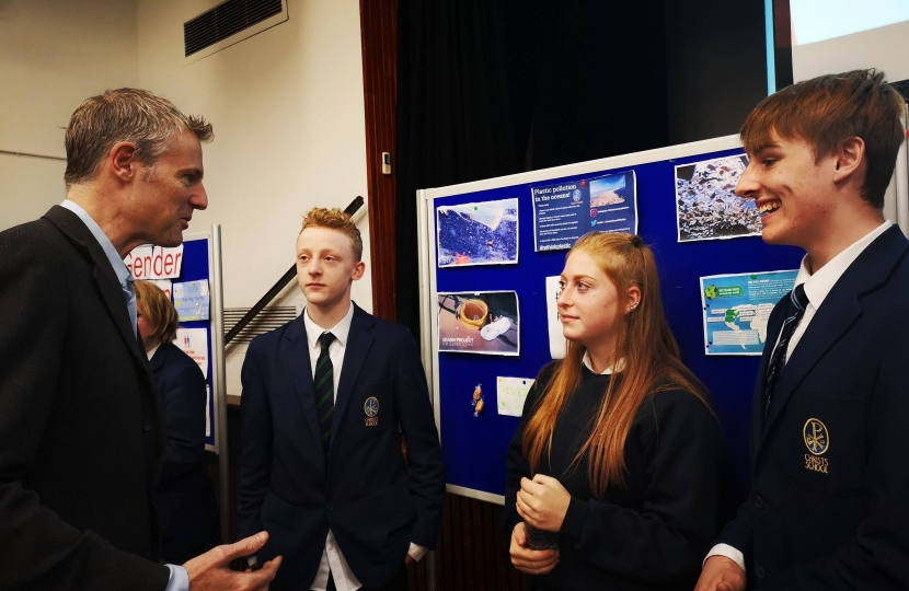 Zac Goldsmith MP at Christ's School discussing decreasing reliance on single use plastics with students