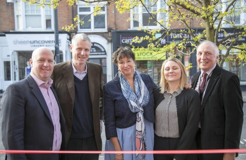 Photo copyright Vicki Sharp Photography   Left to right Adrian Mullins MD, Zac Goldsmith MP, Anne Newton Chamber CEO, Julia Karcz Registered Care Mgr CuraCare East Sheen and Cllr Geoff Acton, Richmond Council Cabinet Member for Business