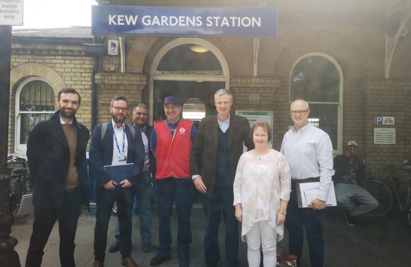 Zac Goldsmith MP the Kew Society, Network Rail and TfL discuss accessibility at Kew Gardens Station