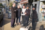 Zac Goldsmith MP discusses stabbing and crime on Kew Parade with local police officers at Torrelli's Cafe in Kew